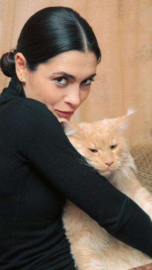Виктория ПОЛТОРАК (Лариса) и кот Миша